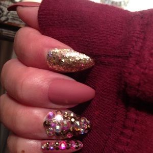 the Luxe Nail Studio Other - Luxury press on nails